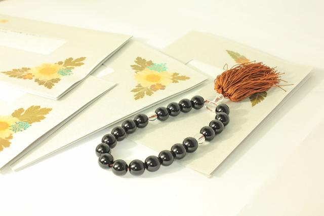 弔電と数珠